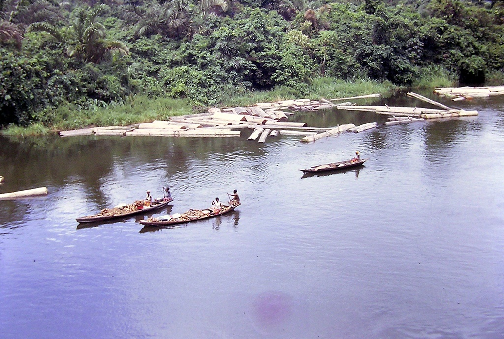 Nigerian government sets up fund to clean up Ogoniland oil spill