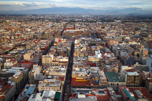 Mexico City is extremely urbanised and the city's environmental pollution affects millions of children who are exposed to PM2.5 every day (Credit: ChepeNicoli/Thinkstock)